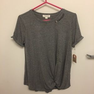 NWT Perfect Gray T-shirt Knot Front Los Angeles